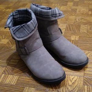 Grey booties for women